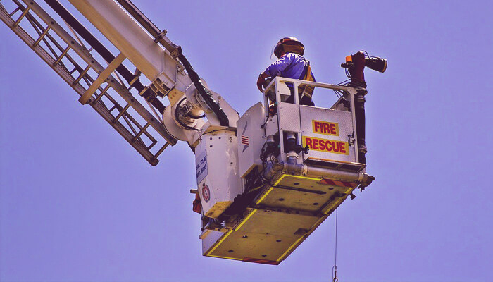 how much does it cost to rent a cherry picker